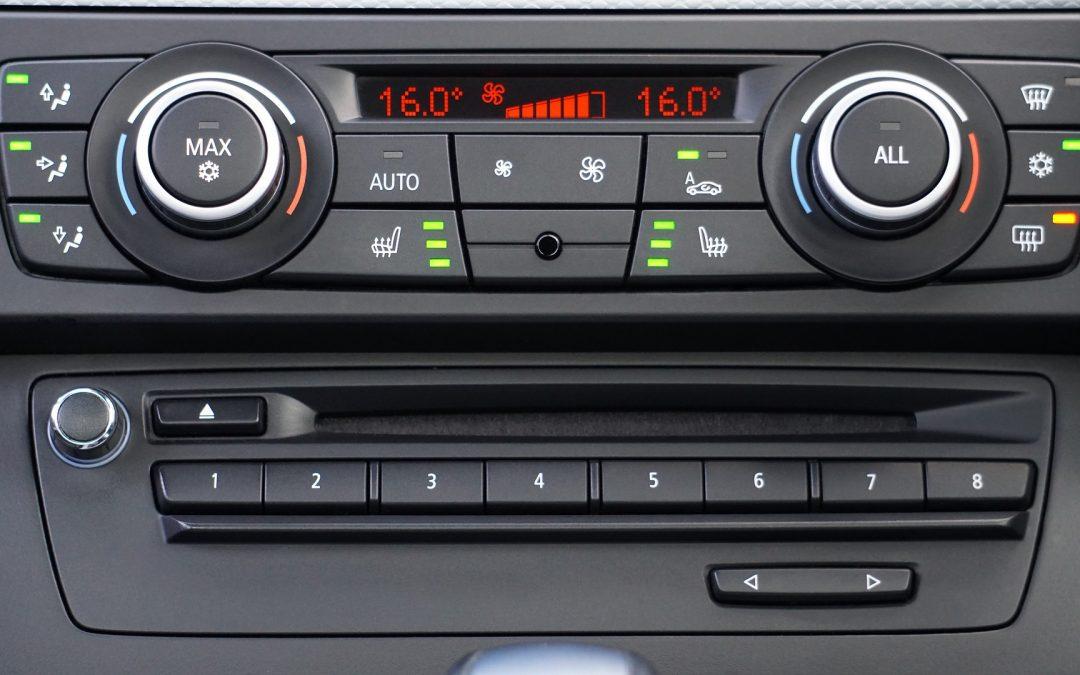 C'est le printemps : vérifiez les filtres à air et la climatisation de votre voiture.