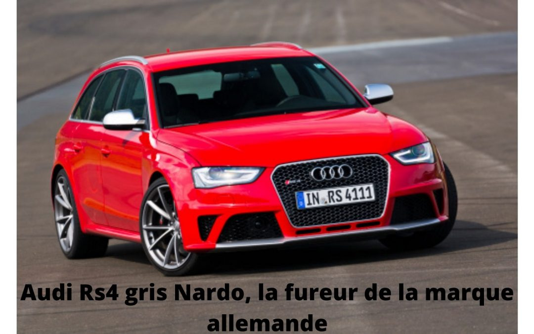 Audi RS4 rouge